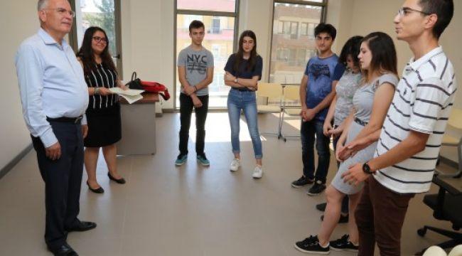 Gençlere psikodrama eğitimi