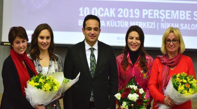 Kadın gazeteciler Bornova'da buluştu