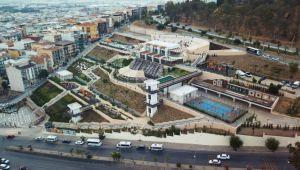 Çiğli'de park ve semti evi açılışları