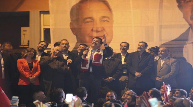 """""""İzmir aşığıyız"""""""