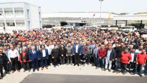 Başkan Gümrükçü İşçilerle Bir Araya Geldi