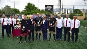 Başkan İduğ EMF ligi kupa törenine katıldı