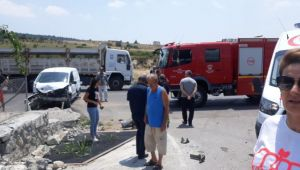Trafik Kazasında Gelin Damat Yaralandı