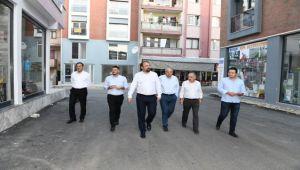 Başkan Gümrükçü'den İki Mahallede Şafak Mesaisi!