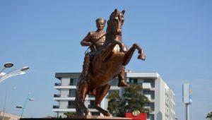 Atatürk heykeli 30 Ağustos'ta açılacak