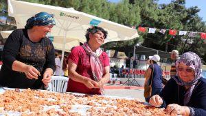 İzmirliler festivalde buluştu