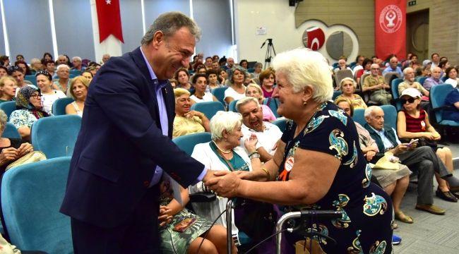 Alzheimerlı yakınları büyük ilgi gösterdi