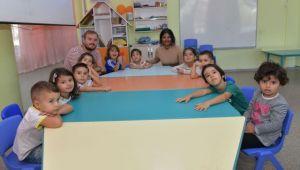 AIESEC'li öğrencilerden İngilizce desteği