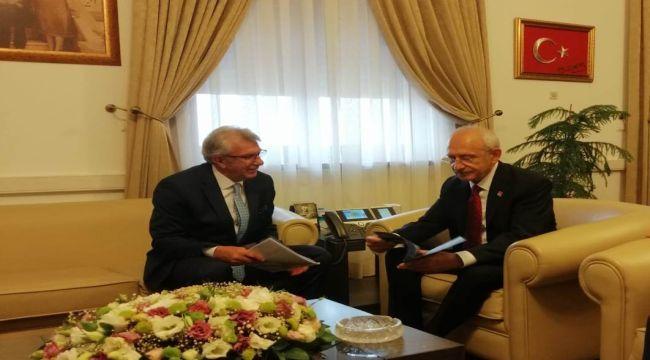 Eriş'ten CHP Lideri Kılıçdaroğlu'na ziyaret