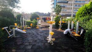 Bayraklı'da parklar yenileniyor