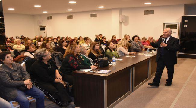 Narlıdere Belediyesi'nden 'Bel Ağrısı' semineri