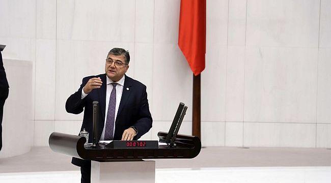 Sessiz sedasız kaldırıldı Sındır, Meclis Gündemine Taşıdı