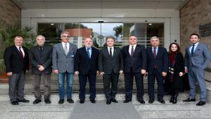 Yaşar Üniversitesi'nden Bornova Belediyesi'ne eğitim semineri