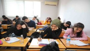 BAYSEM'li öğrencilere memnuniyet anketi