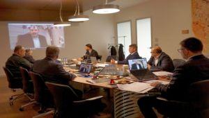 Toplantılarını Video Konferans İle Sürdürüyorlar