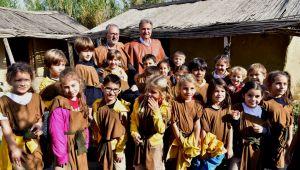 Bornova'ya uluslararası görev