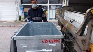 Çöp konteynırlarına yıkama ve dezenfekte