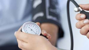 Hipertansiyon hastaları karantina döneminde kilo almamalı
