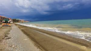 Güzelbahçe sahilleri yaza hazırlanıyor