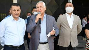 Başkan Selvitopu bayramı çalışanlarla kutladı
