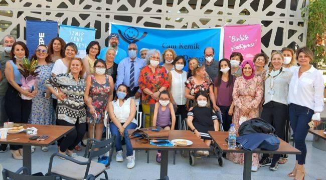 Cam Çocuklara İzmir Kent Konseyinden ''Candan'' destek