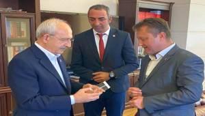 Başkan Aksoy'dan Kılıçdaroğlu'na ziyaret