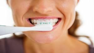 Diş Ağrısı Çekenler, İlk Seçenek Olarak Aspirin Kullanmayın!