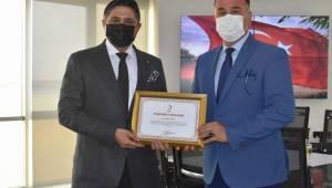 Türk Kızılay'ından Başkan Acar'a Teşekkür