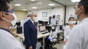 Ege'nin korona virüs aşısı hayvan deneylerinde başarılı oldu