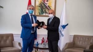 Danimarka İzmir'le yatırım ortaklıkları kurmak istiyor