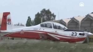 İzmir'de askeri uçak düştü!