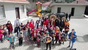 """Kızılay İzmir İle Bayındır'da """"Sağlıklı Köy Okulları"""""""