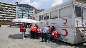 Bornova'da kan bağışı