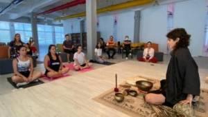 Dünya Yoga Günü etkinliğine büyük ilgi