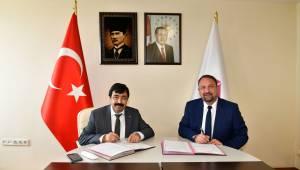 İKÇÜ ile Çiğli Belediyesi İşbirliği Yapacak