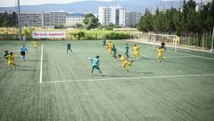 Yenilenen Yusuf Tırpancı Tesisleri'nde ilk maç heyecanı