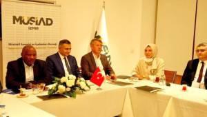 İzmir'de Kenya İle Ticaret Konuşuldu