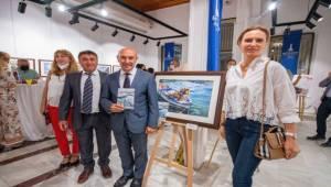 Başkan Soyer Türk ve Yabancı Ressamların Sergisine Katıldı