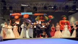 Kuaför Estetik Kozmetik Güzellik Fuarı İzmir'de