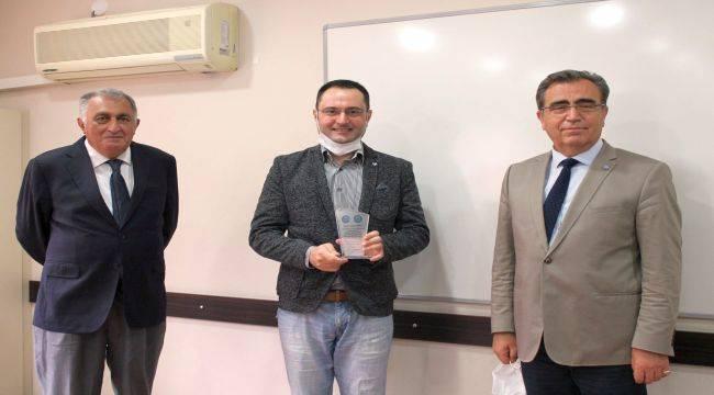 """""""Yılın En İyi Doktora Tezi Ödülleri""""nde Kazanan EÜ"""