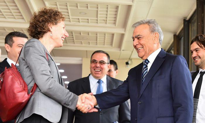 """IFC: """"İzmir dünyadaki belediyelere örnek olacak"""""""