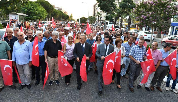 Biz İzmir'iz